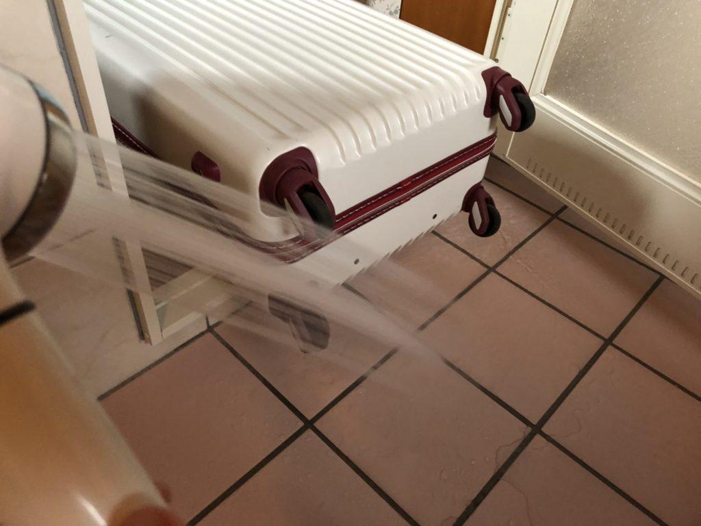 スーツケースのメンテ